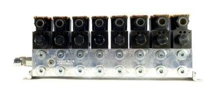 Benchmark DG4V-3S-2A-M-FW-B5-60x8+MANIFOLD