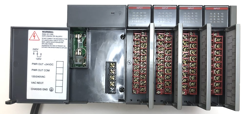 Allen Bradley 1746-P2-IA16x4-CORD